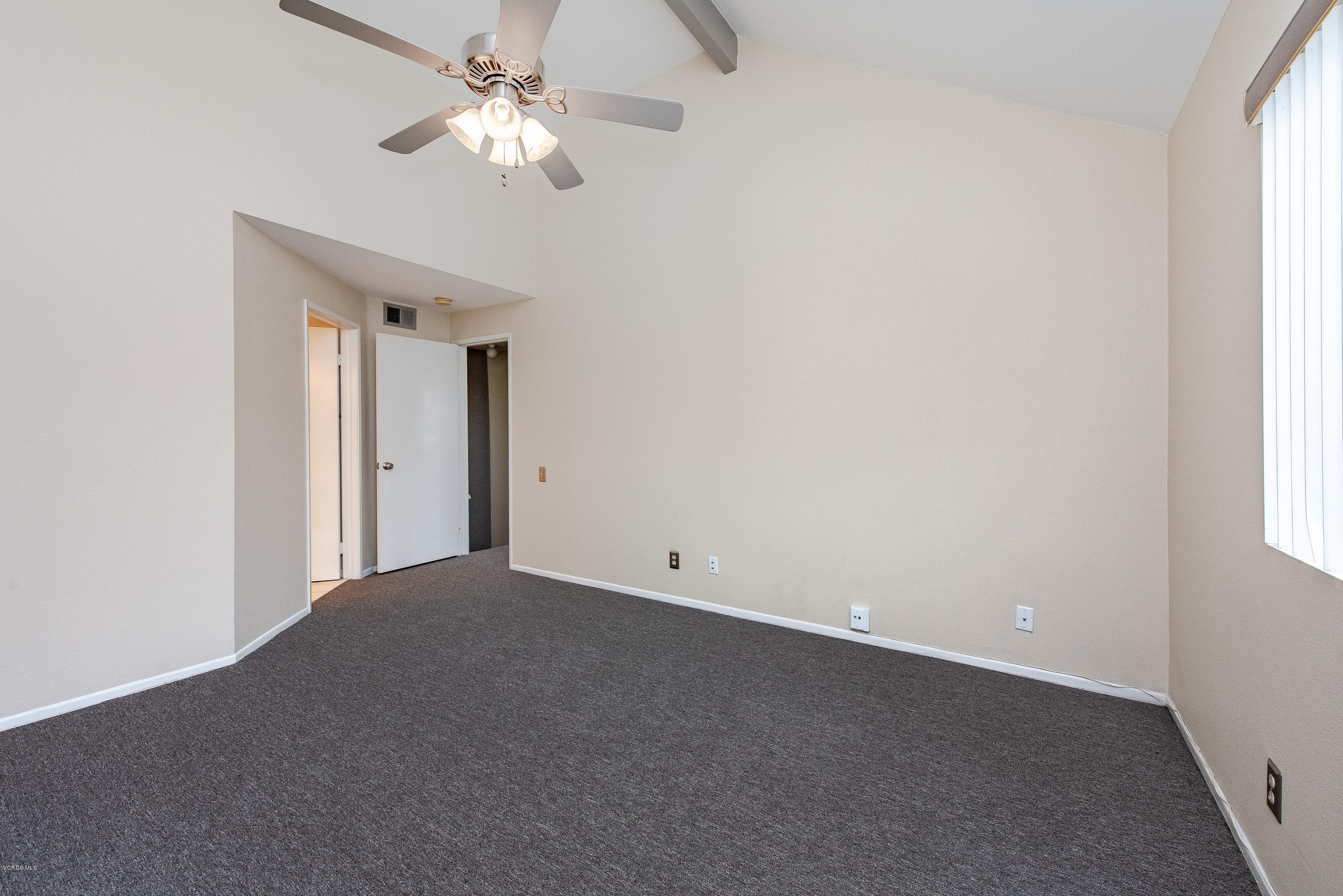 1174 Tivoli Lane, Simi Valley, CA 93065