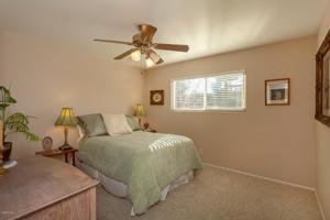384 Queensbury Street, Thousand Oaks, CA 91360