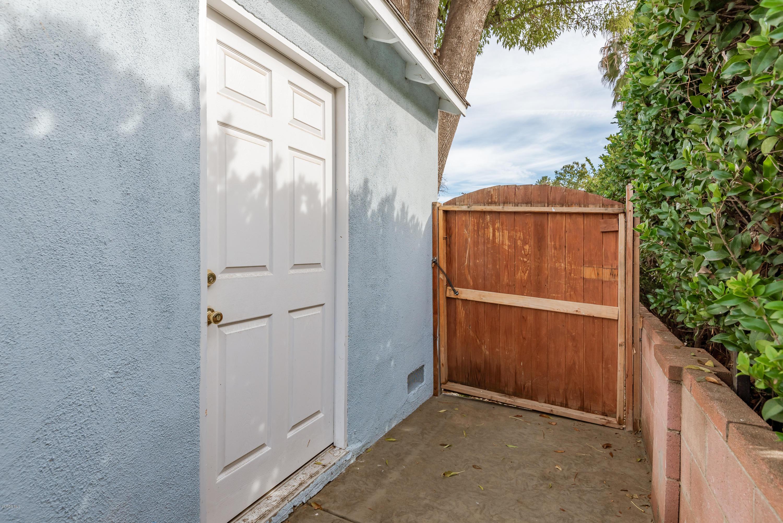 8043 Yarmouth Avenue, Reseda, CA 91335