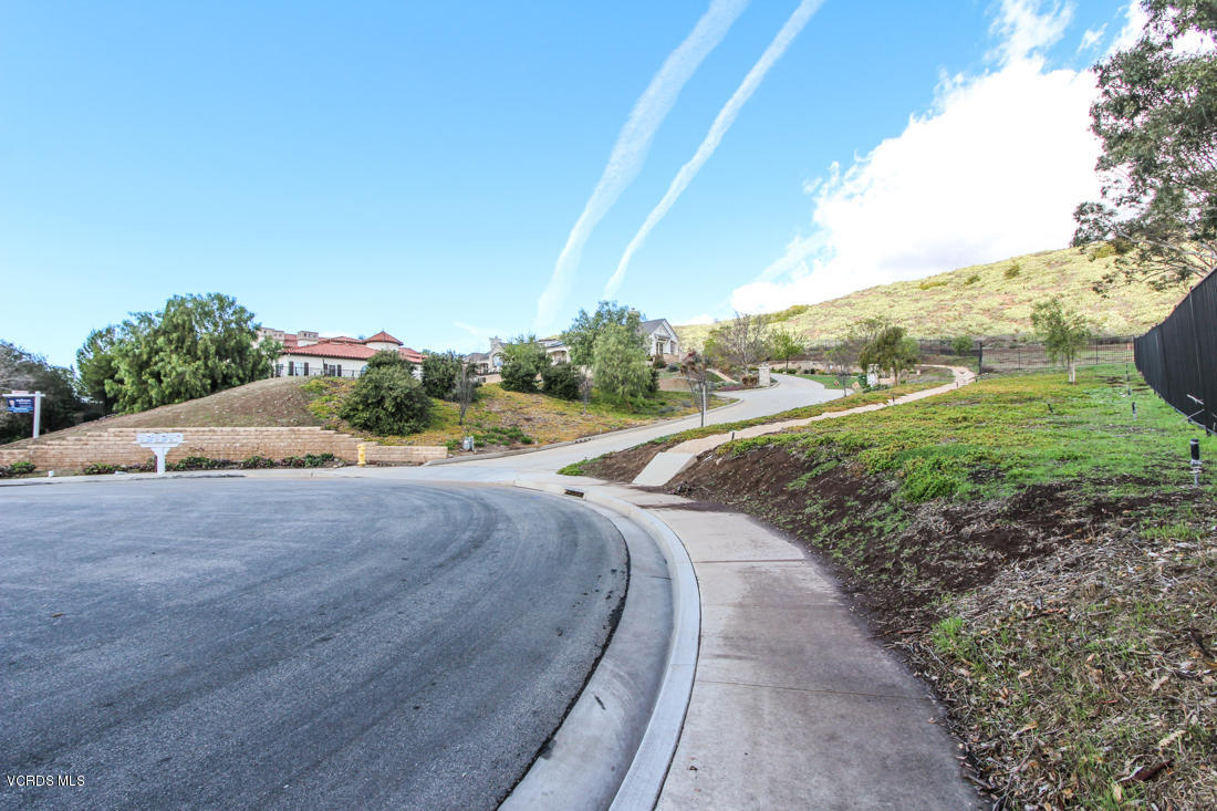 205 Bainbridge Court, Thousand Oaks, CA 91360