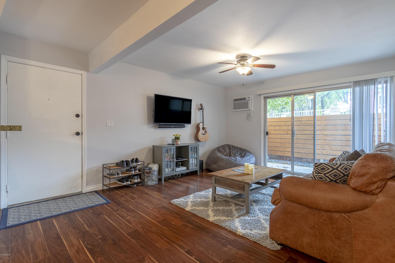 28915 Thousand Oaks Boulevard, Agoura Hills, CA 91301