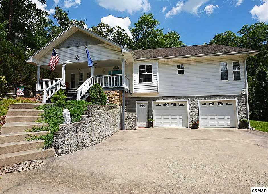 614 Monte Wood Circle, Pigeon Forge, TN 37863
