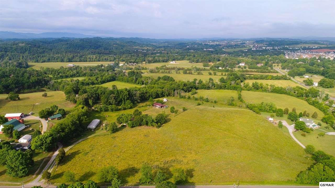 Boyds Creek Highway, Sevierville, TN 37876