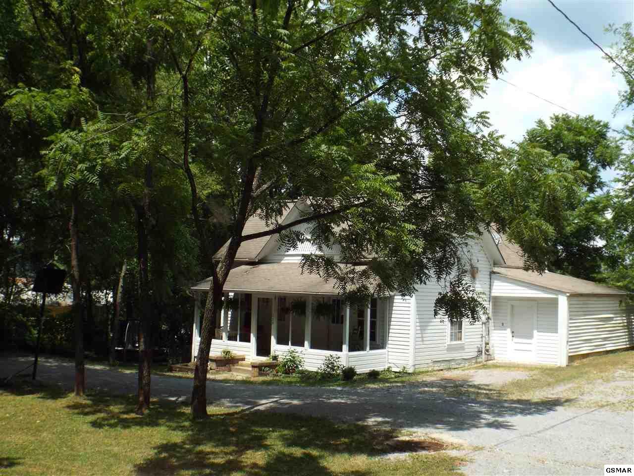 628 Park Rd, Sevierville, TN 37876