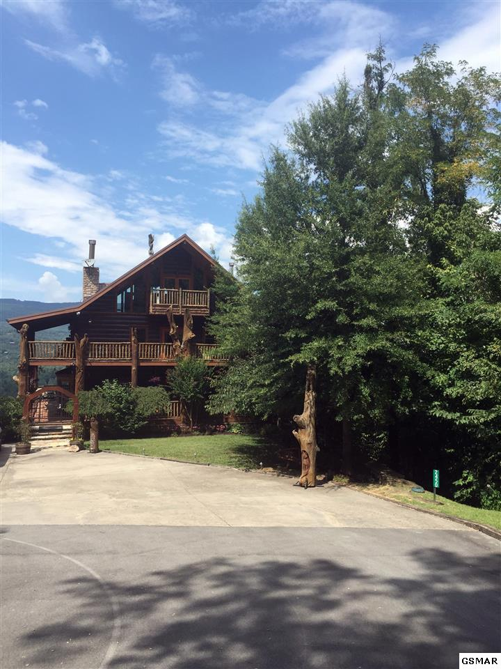 2450 Dove View Rd, Sevierville, TN 37862