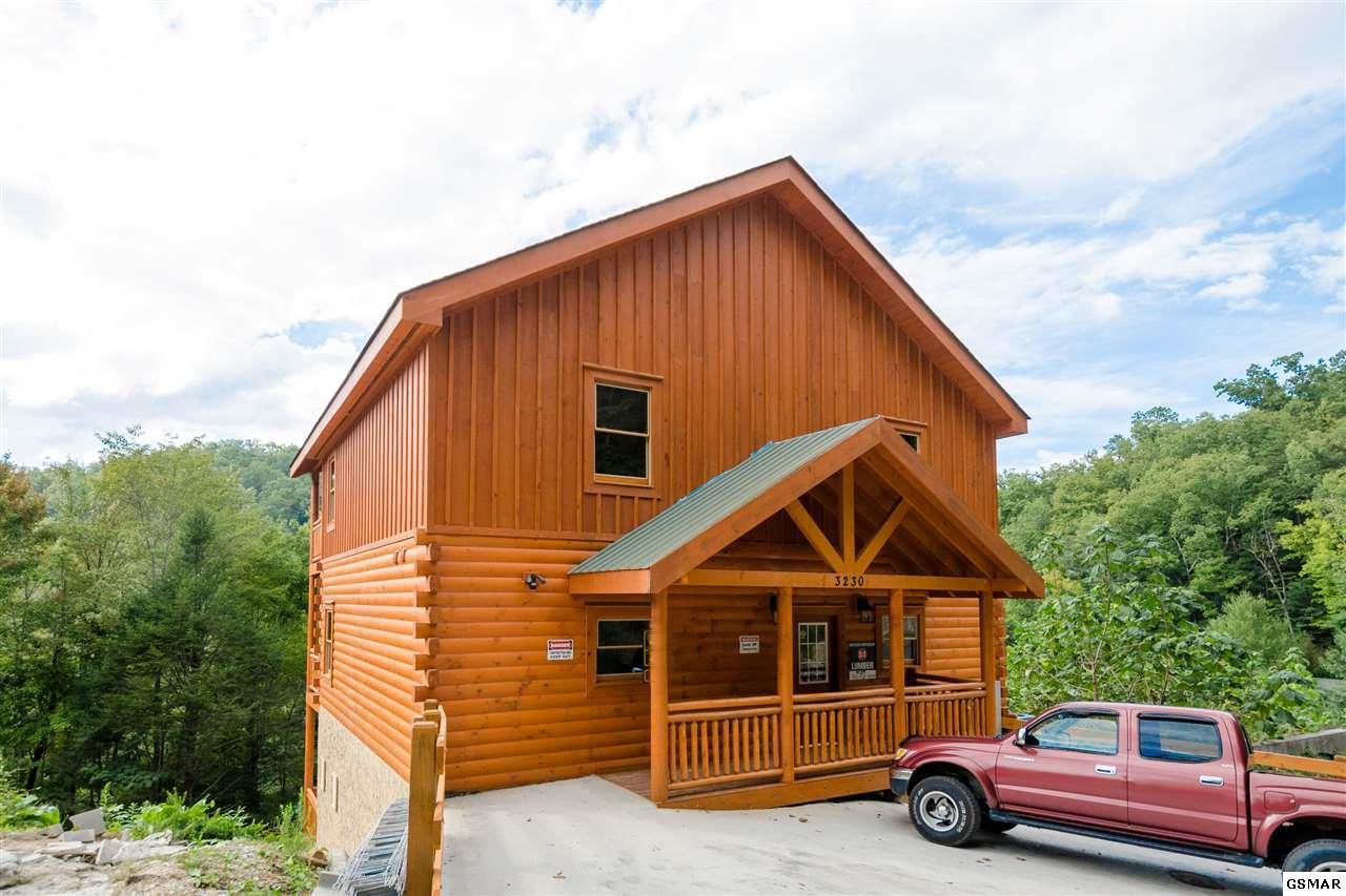 3230 Smoky Ridge Way, Sevierville, TN 37862