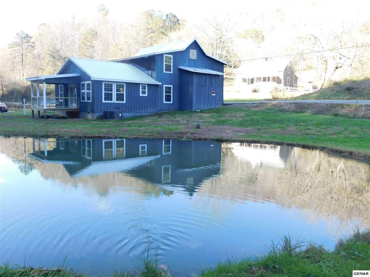 3778 Henry Town Rd, Sevierville, TN 37876