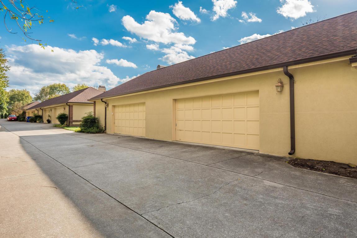 922 Westcourt Drive, Knoxville, TN 37919