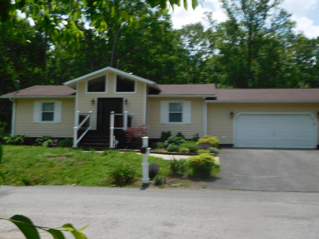 135 Denise Drive, Speedwell, TN 37870