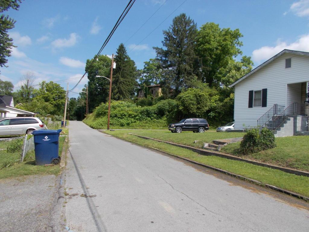125 Lynnwood Rd, Middlesboro, KY 40965