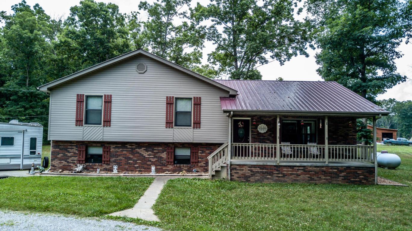 6115 S York Hwy, Clarkrange, TN 38553