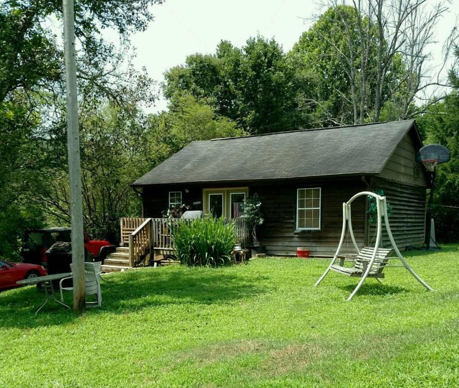 732 Hinds Creek Rd, Heiskell, TN 37754