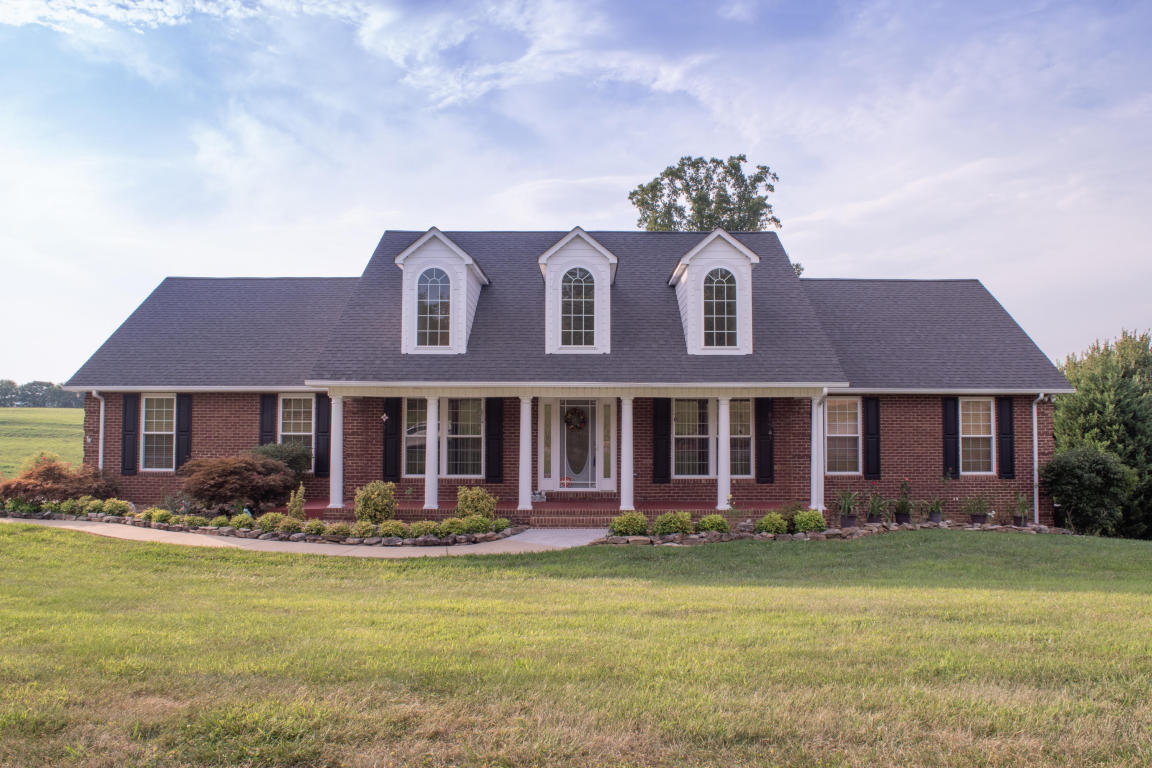 5323 Three Bars Lane, Seymour, TN 37865
