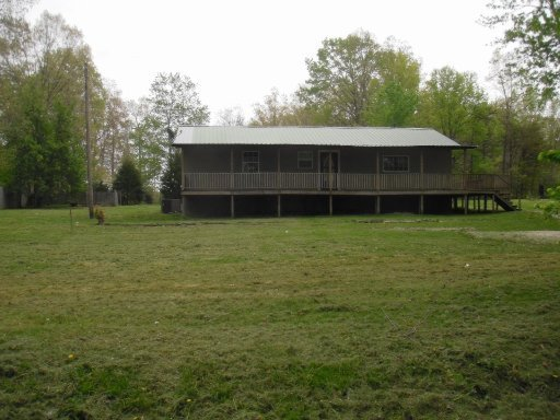 1235 Franklin Loop, Clarkrange, TN 38553