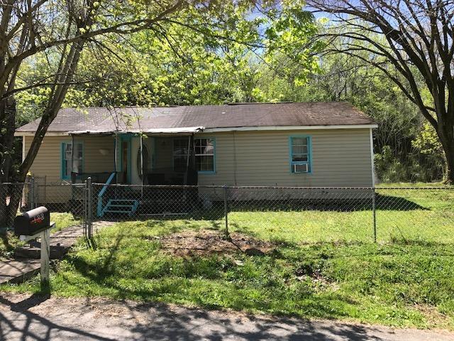 100 Kennedy Drive, Lenoir City, TN 37771