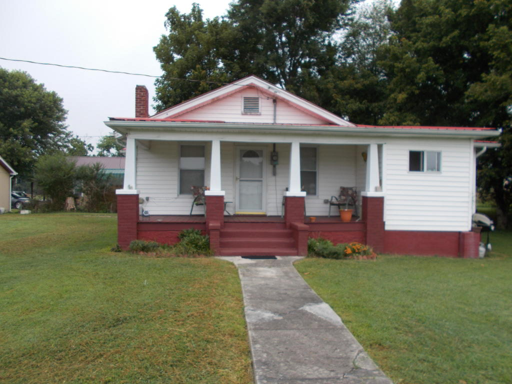 304 N 15th St, Middlesboro, KY 40965