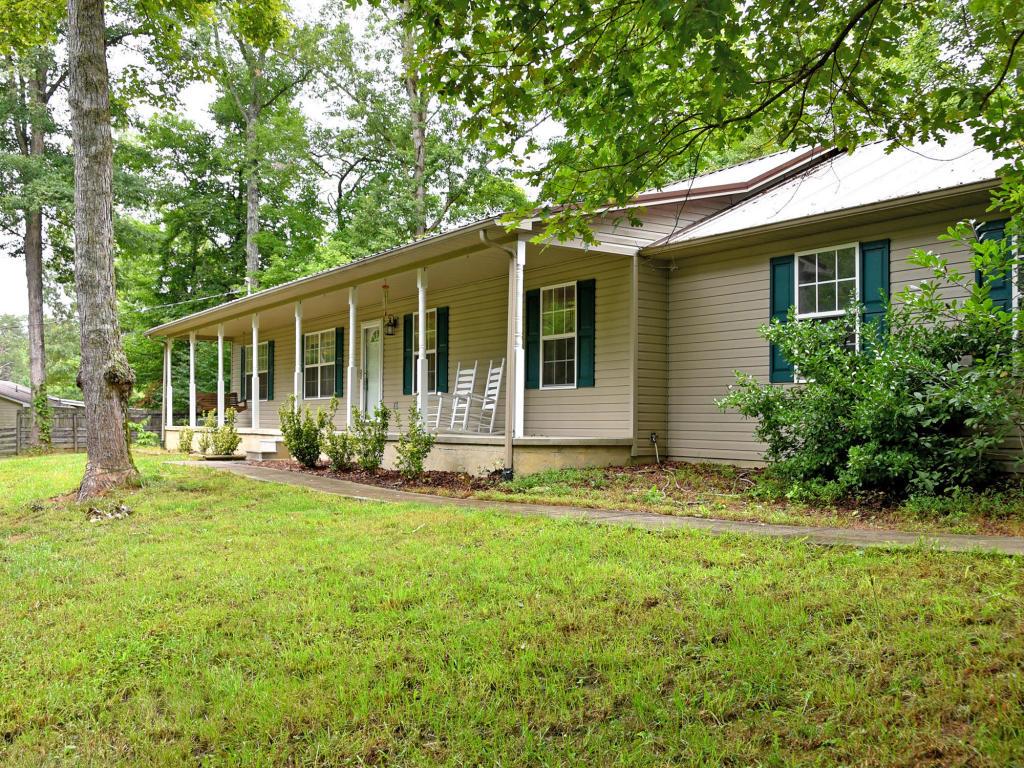 129 Butterfly Lane, Heiskell, TN 37754
