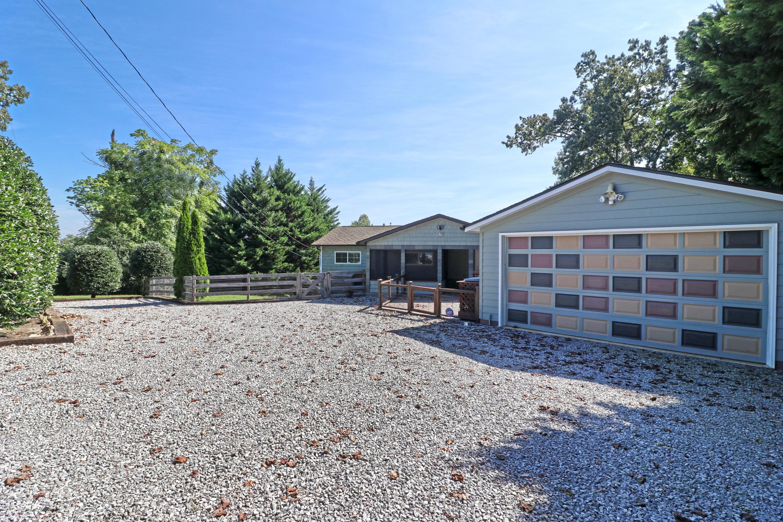 3414 Pink Hatcher Lane, Louisville, TN 37777