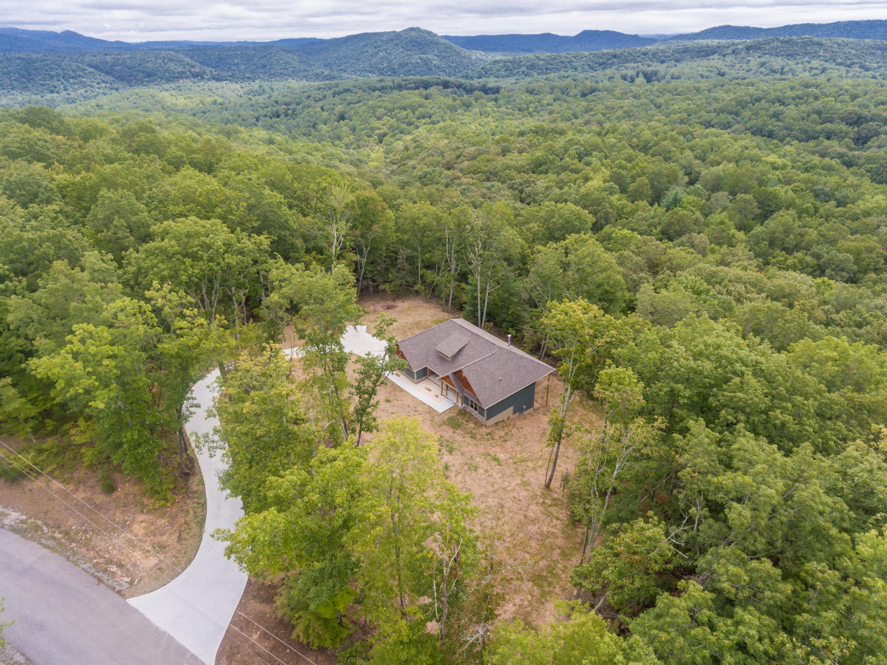 157 Countrywood Place, Harriman, TN 37748