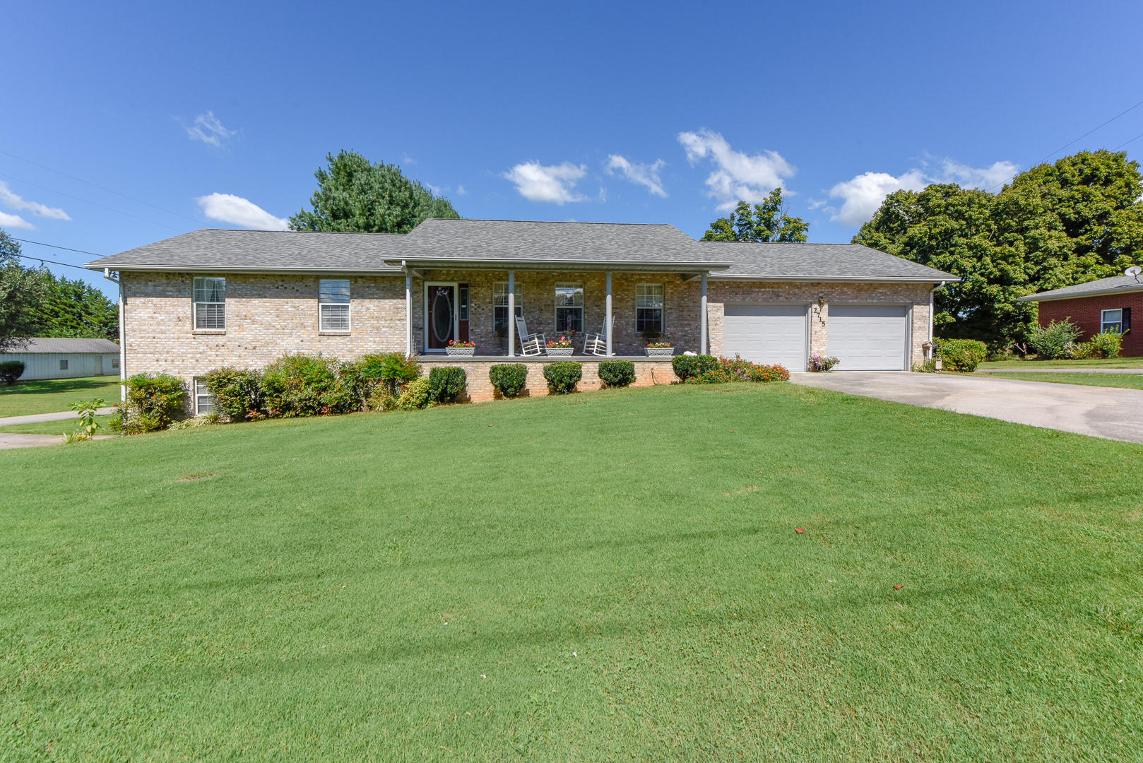 2715 Old Niles Ferry Rd, Maryville, TN 37803