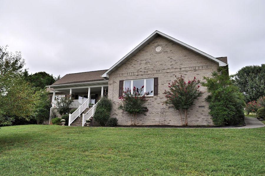 2741 Ashton Lane, Sevierville, TN 37876