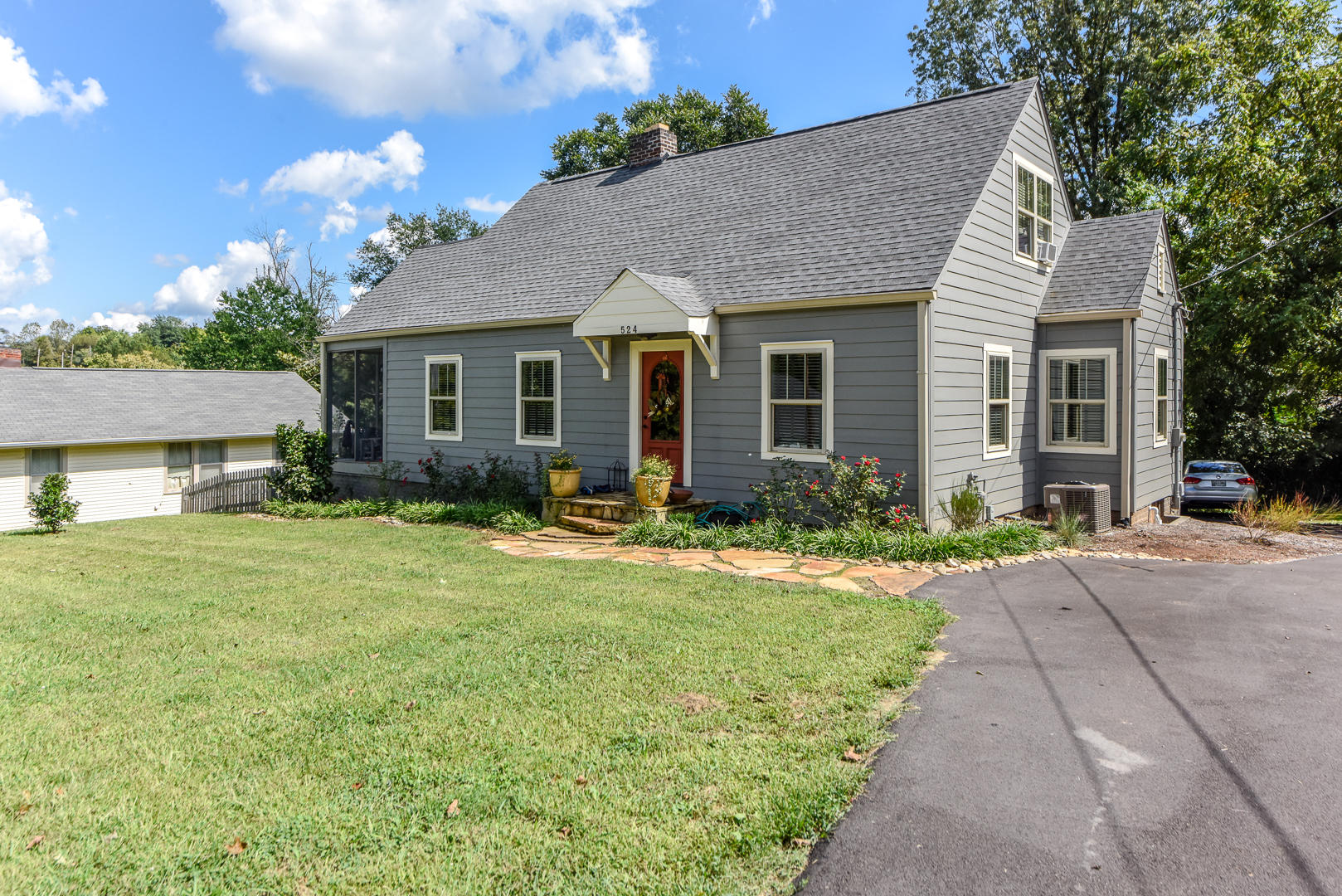 524 Mountain View Ave, Maryville, TN 37803