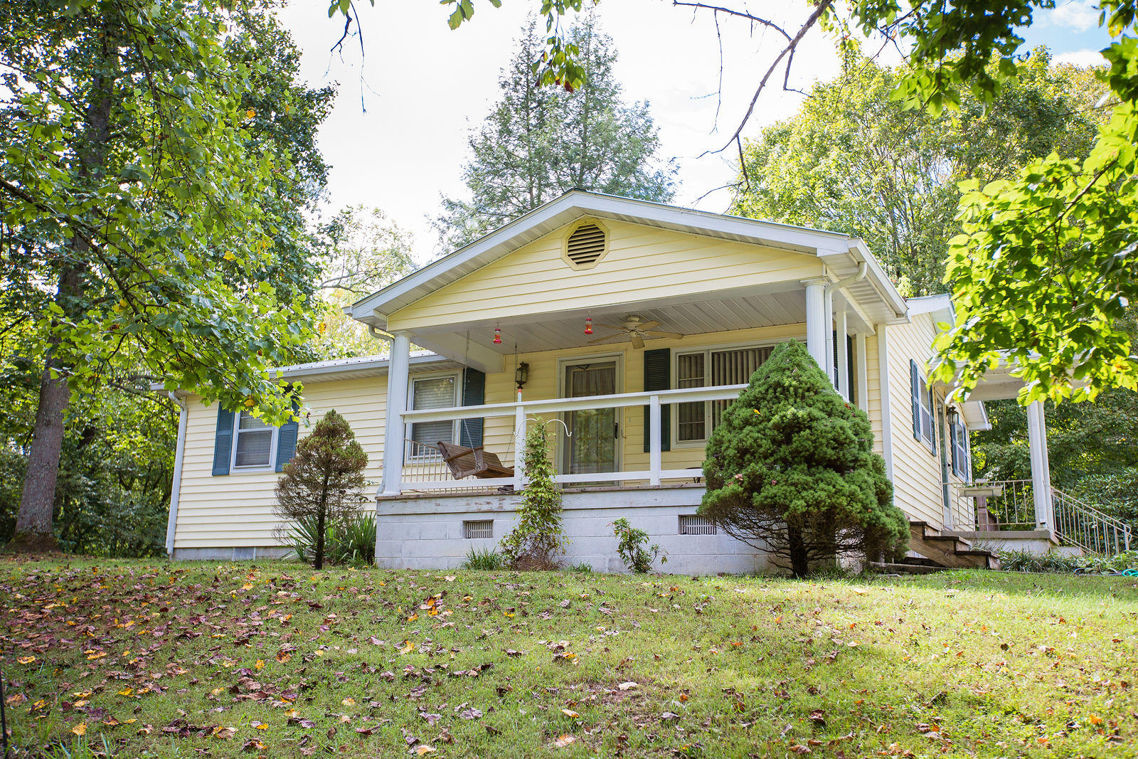 1815 Midway Rd, Strawberry Plains, TN 37871