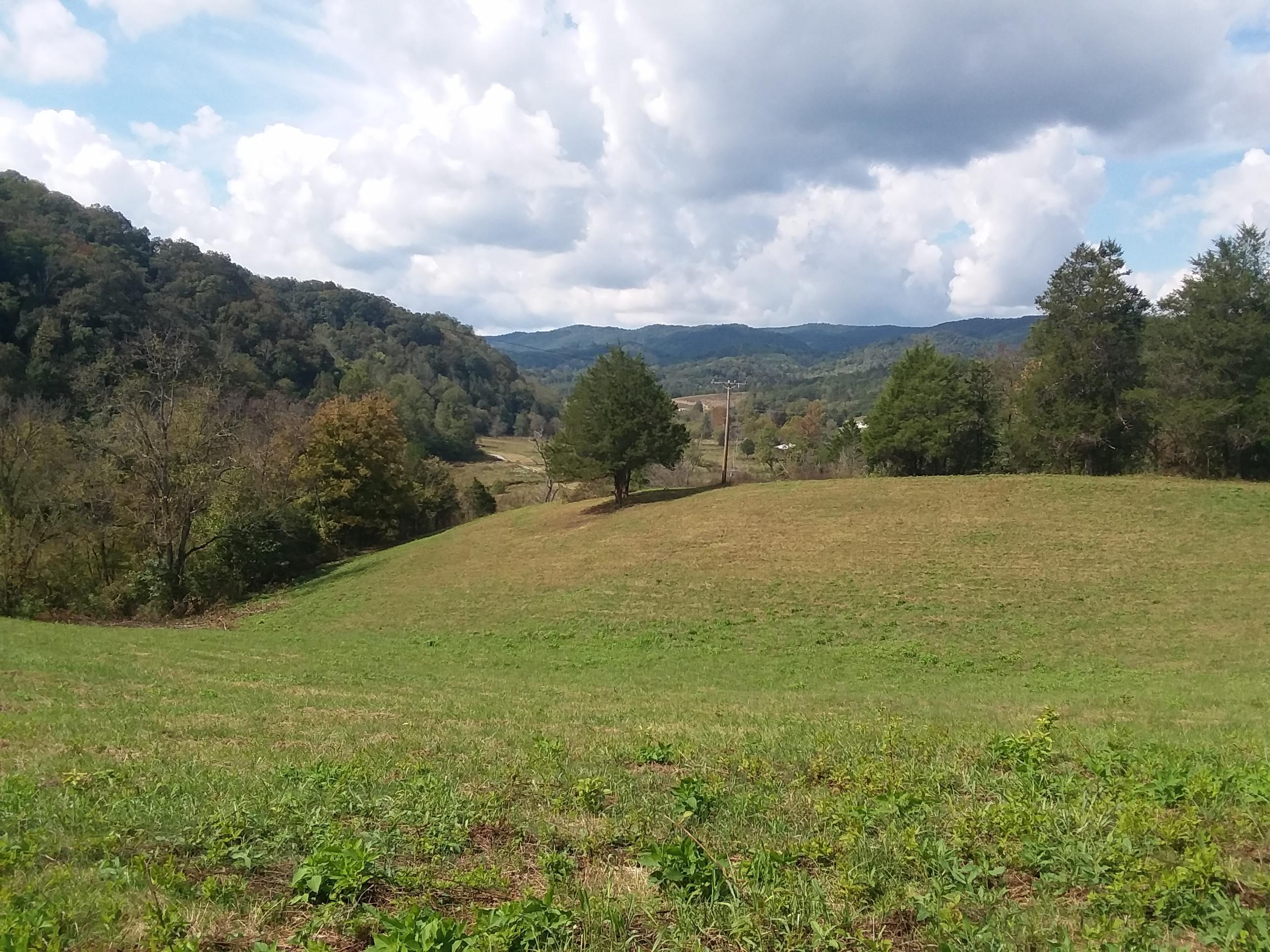 000 Tazewell Hwy Hwy, Sneedville, TN 37869