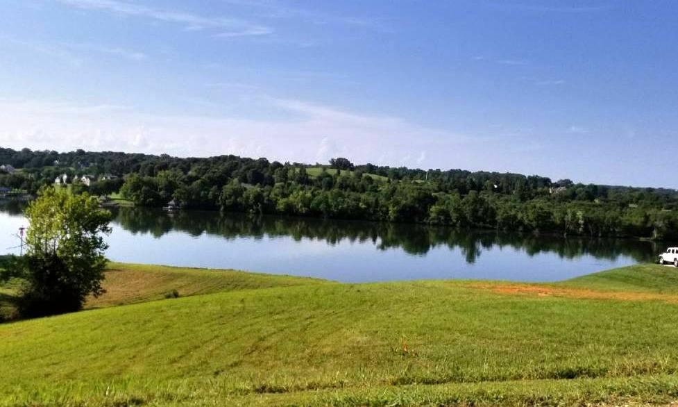 630 River Rd, Loudon, TN 37774