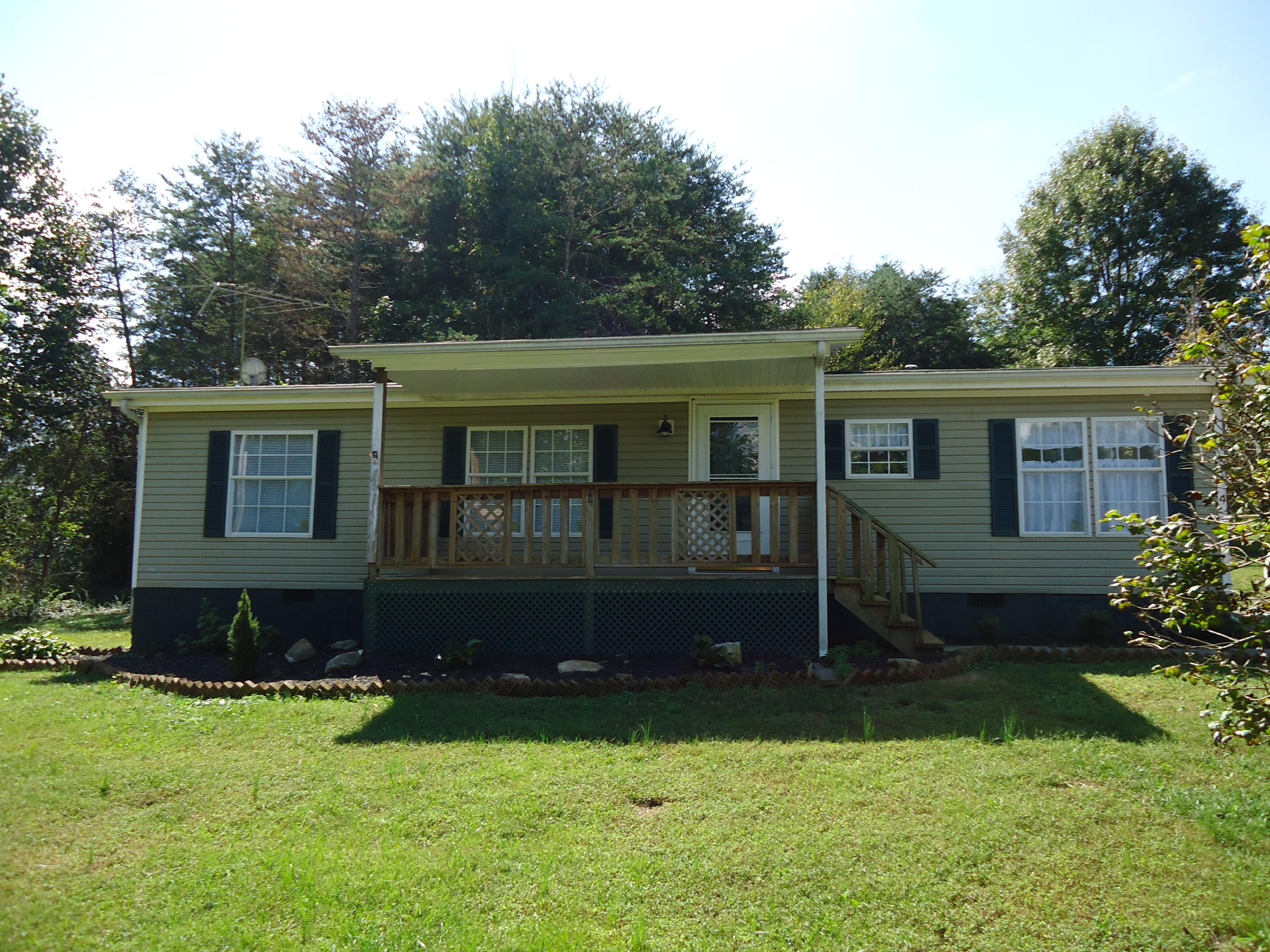162 County Road 420, Athens, TN 37303