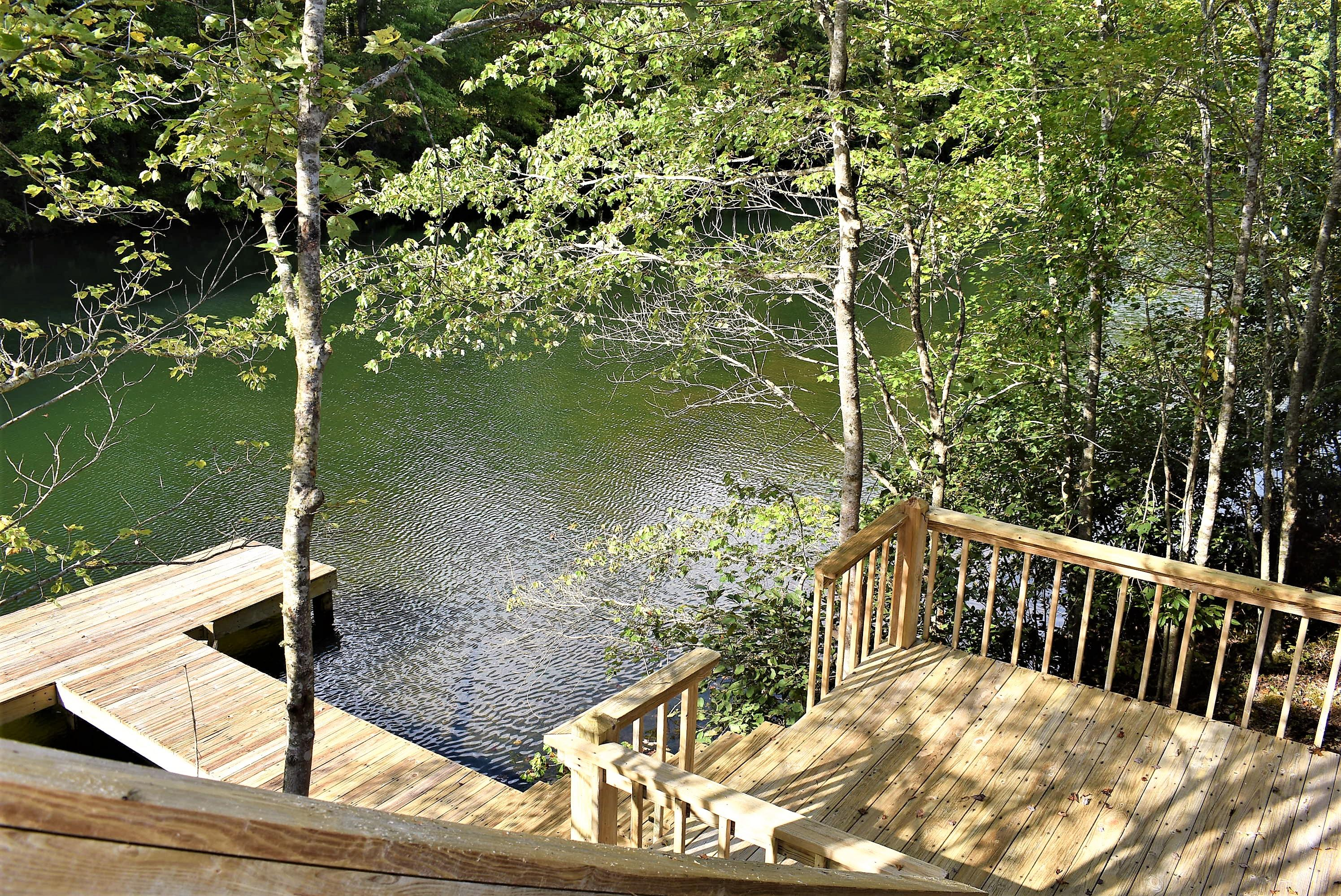 530 Turner Lake Court, Crossville, TN 38571