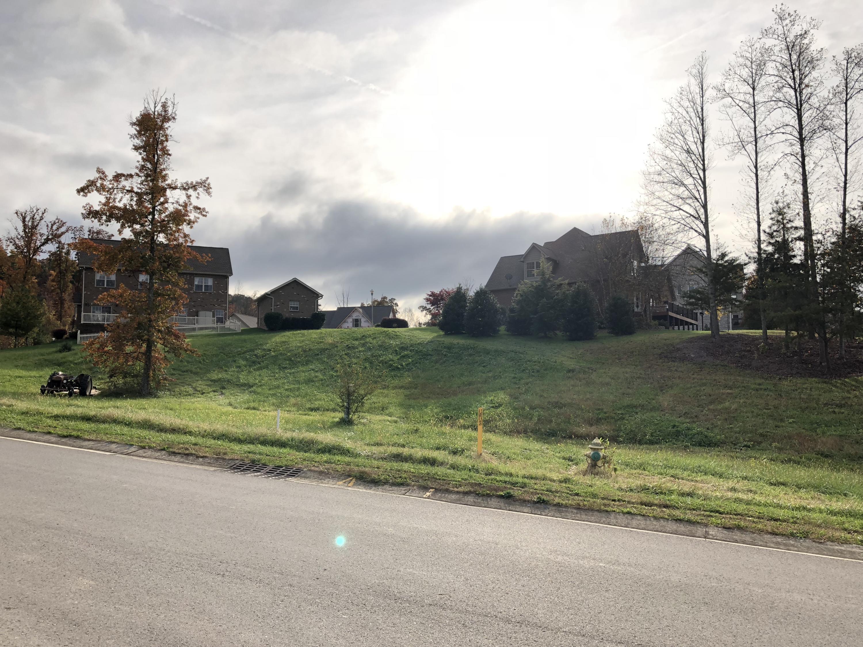 128 Wolf Creek Way, Oak Ridge, TN 37830