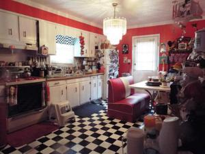 531 Burnett St, Jamestown, TN 38556