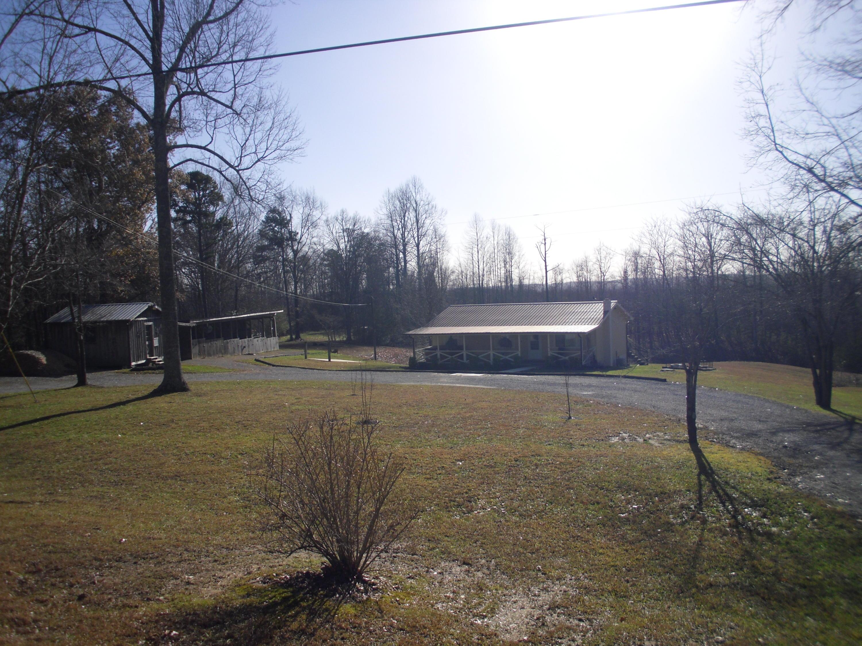 1110 Louvaine Rd, Grimsley, TN 38565
