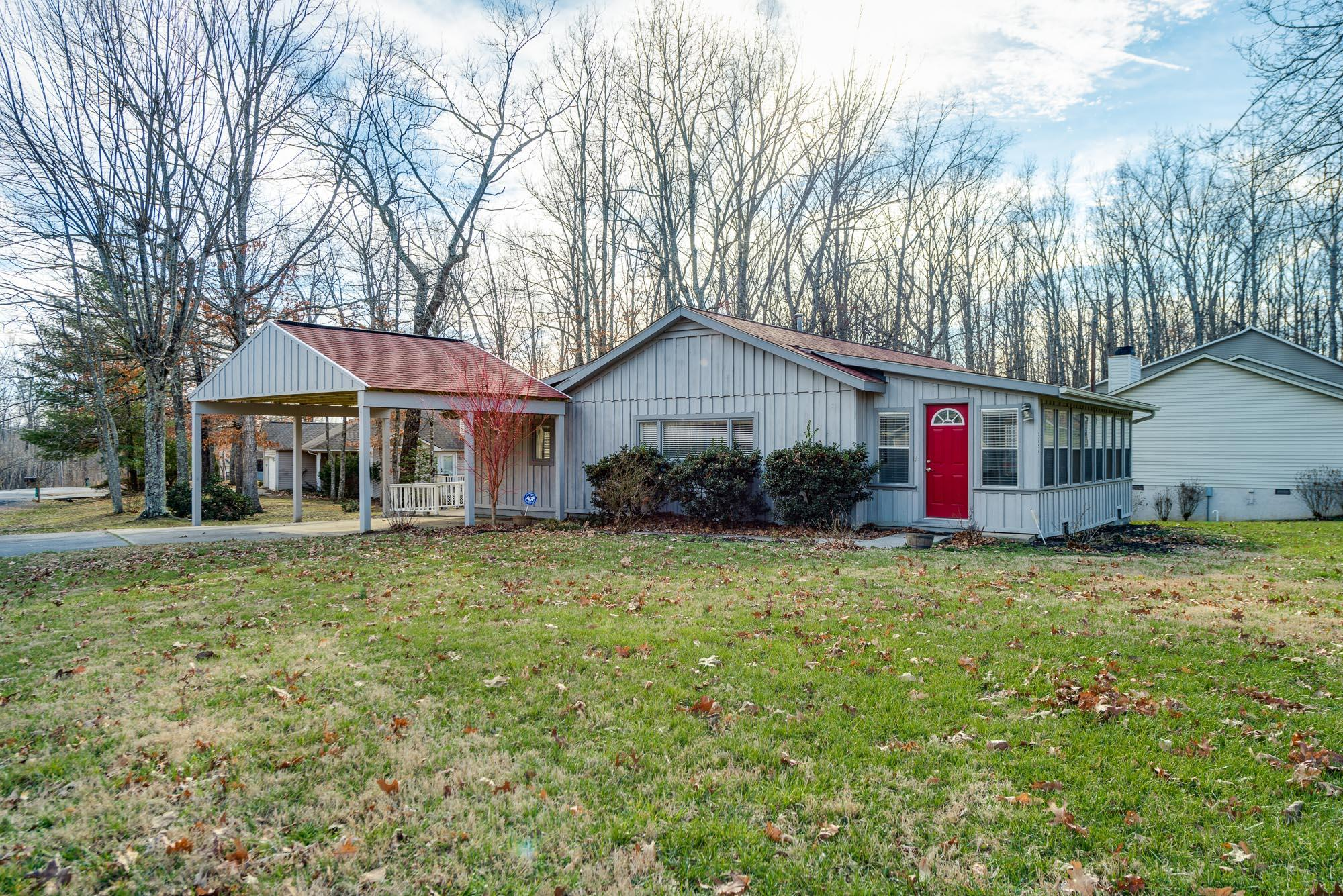 352 Lakeview Drive, Crossville, TN 38558