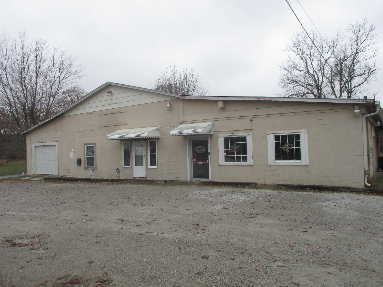 6147 S York Hwy, Clarkrange, TN 38553