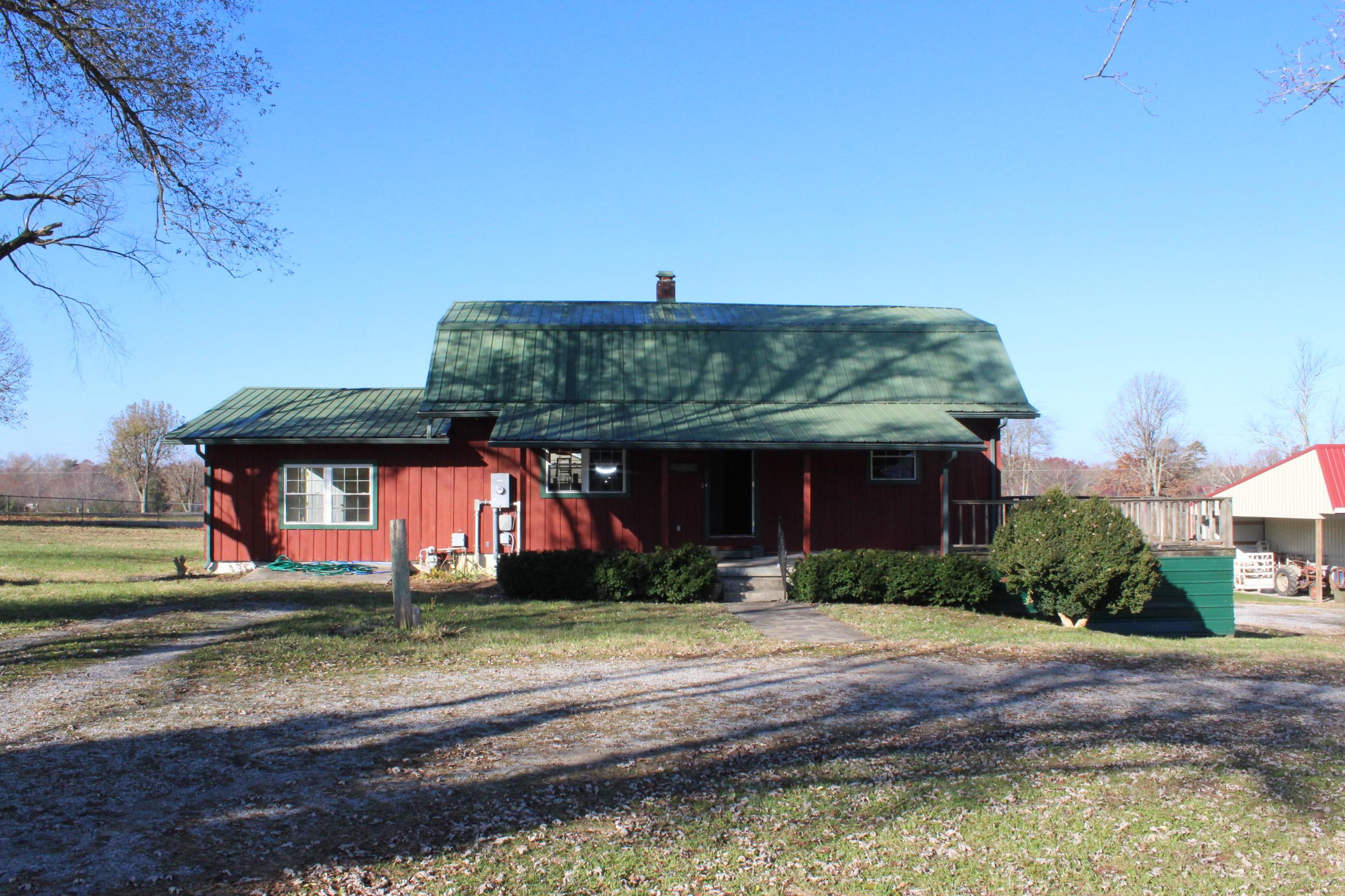 6050 S York Hwy, Clarkrange, TN 38553