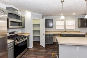 231 W Edison St, Alcoa, TN 37701