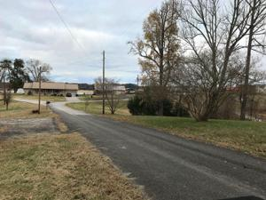 1760 Breezie Point Lane, Dandridge, TN 37725