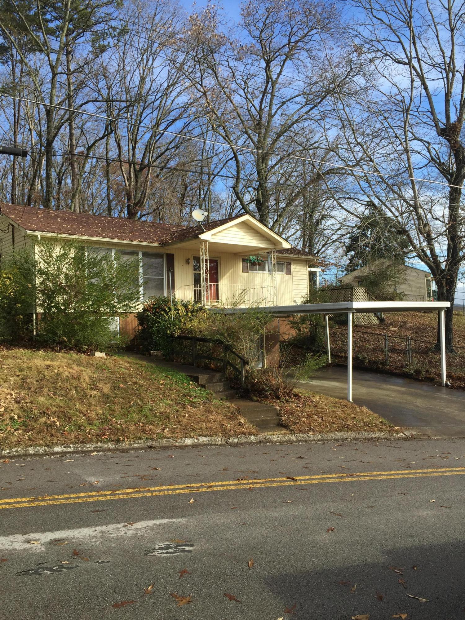 200 Alhambra Rd, Oak Ridge, TN 37830