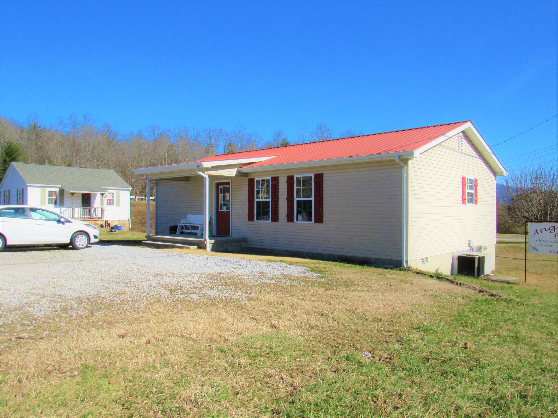 108 Motel Drive, Wartburg, TN 37887