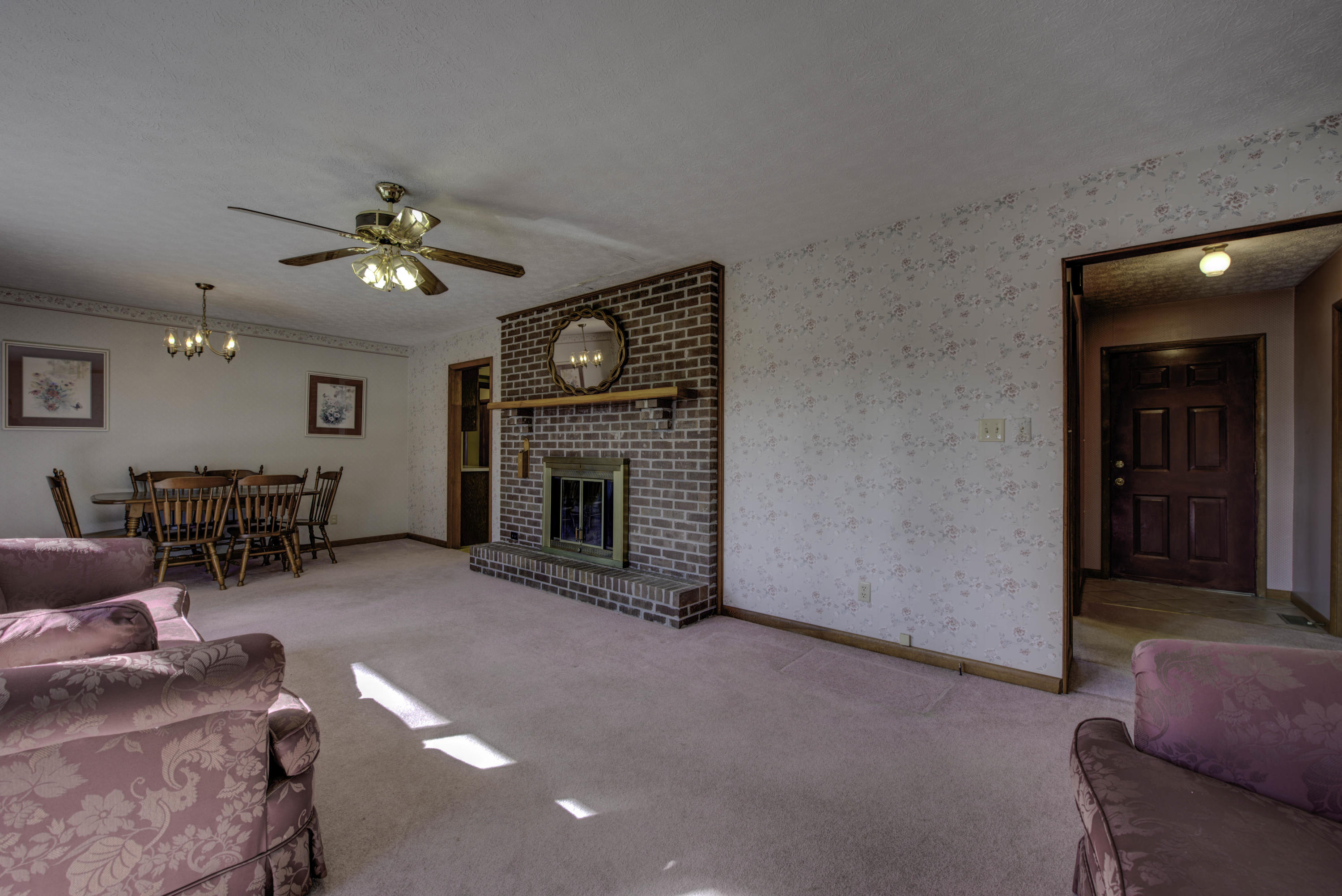912 Hillvale Rd, Andersonville, TN 37705
