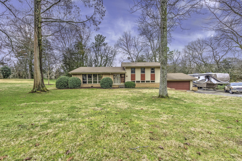 111 Carnegie Drive, Oak Ridge, TN 37830