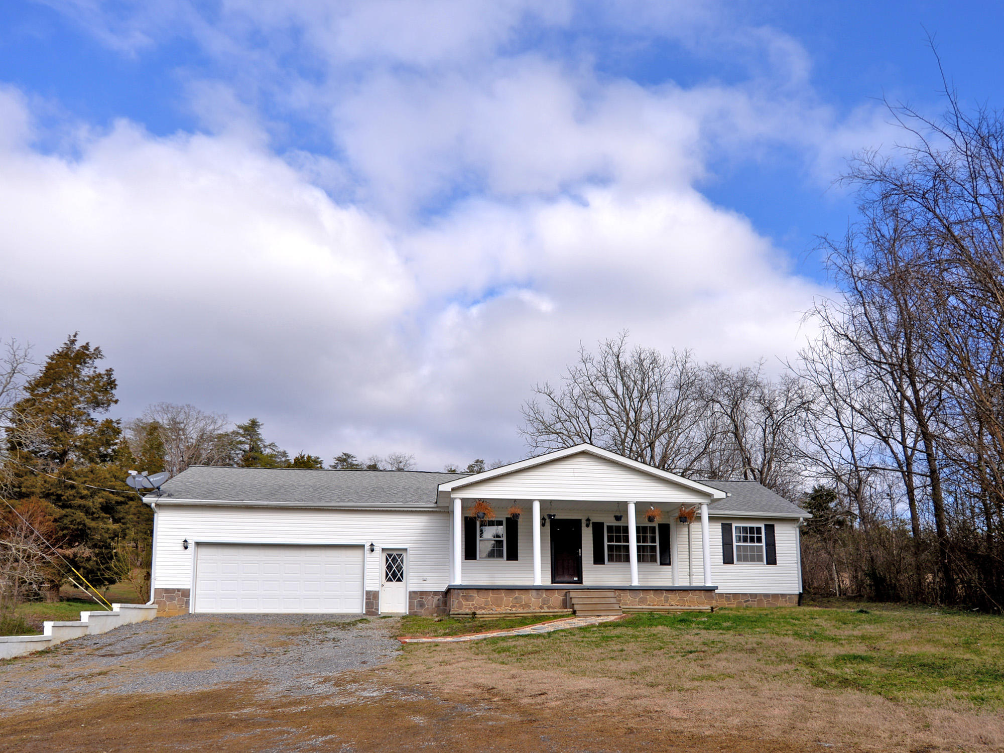 7107 Hammer Rd, Knoxville, TN 37924