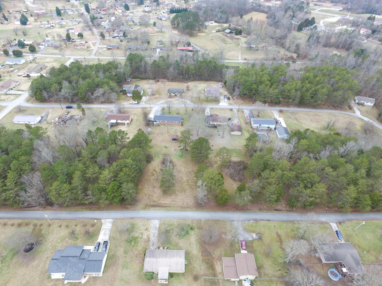 Second St, Rockwood, TN 37854