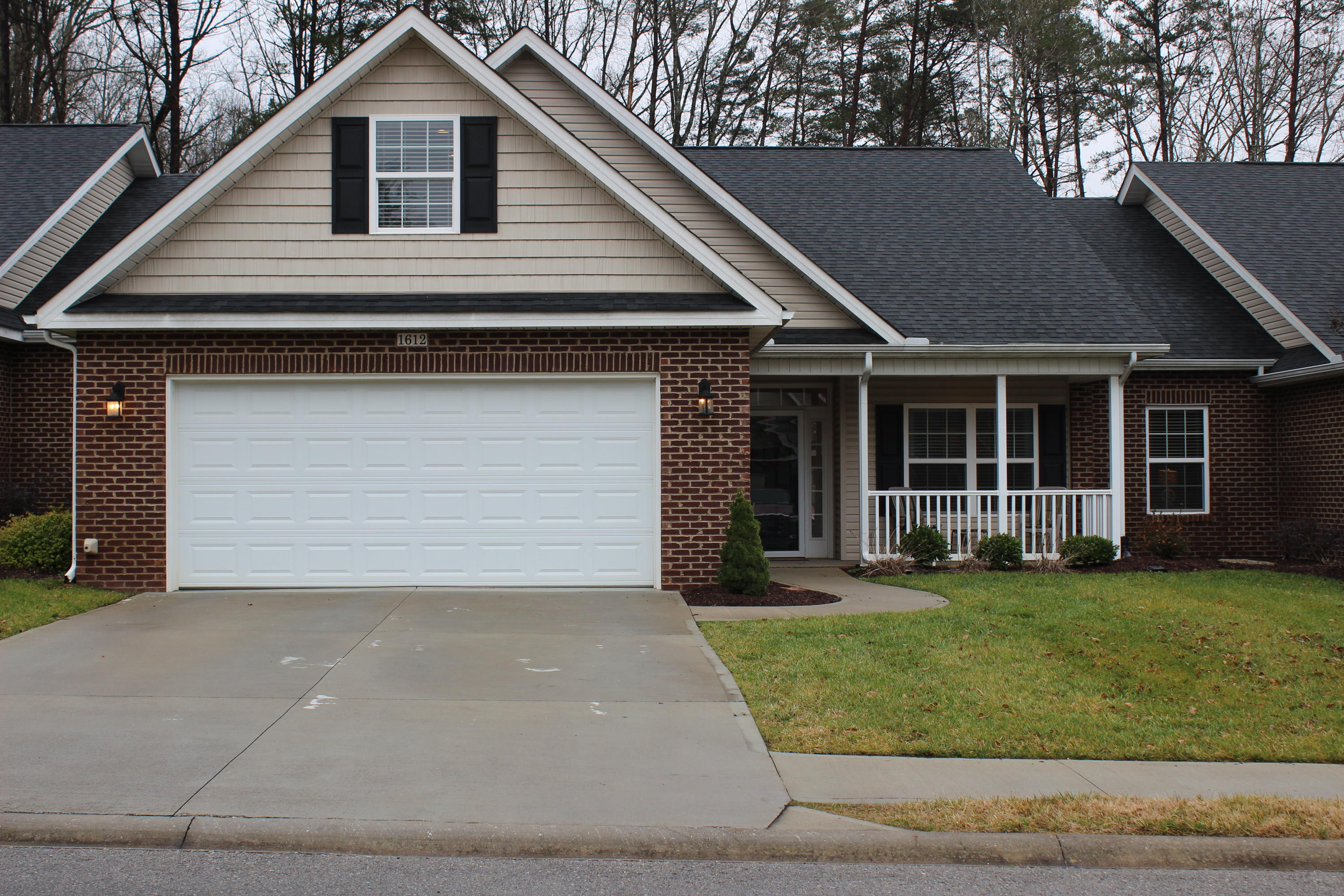 1612 Autumn Path Lane, Knoxville, TN 37918