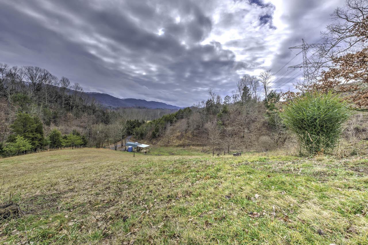 1869 Burem Rd, Rogersville, TN 37857