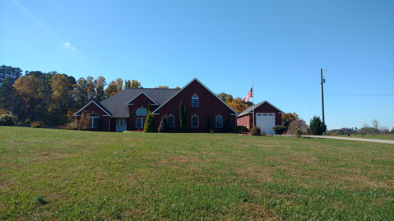 110 County Line Rd, Dandridge, TN 37725