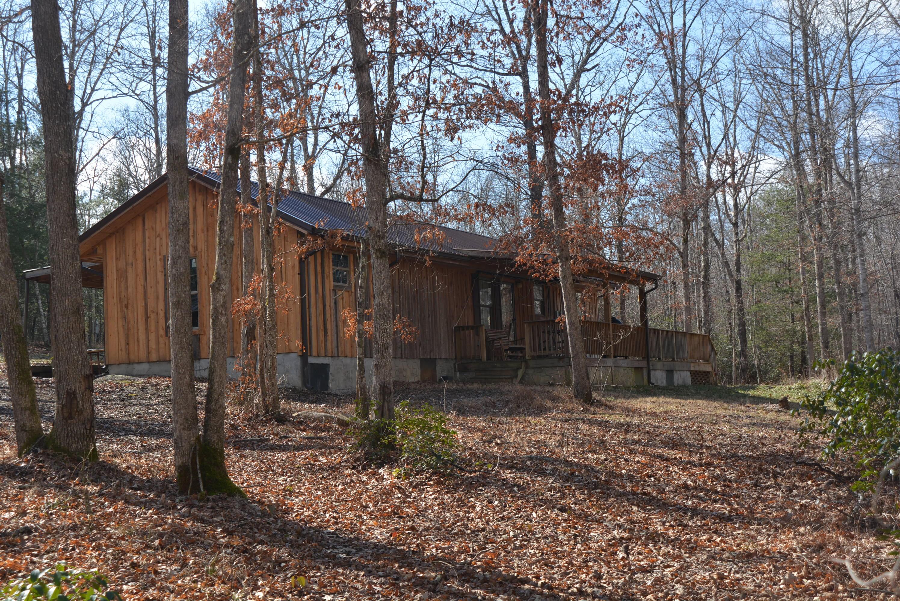 322 Perkins Trail, Deer Lodge, TN 37726