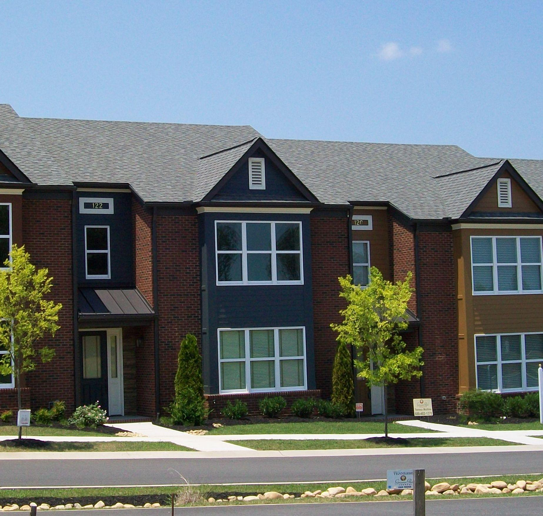 118 E Groves Park Blvd, Oak Ridge, TN 37830